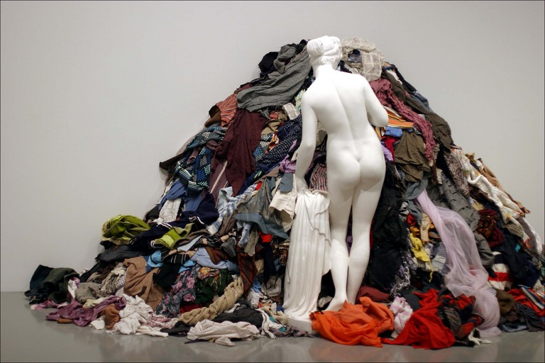 artepovera venus of the rags Moderne Venus van Man Ray, Dalí, Jeff Koons